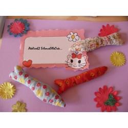 """Coupon Tissu 100 % coton imprimé """"Fleurs Blanches"""" (Fond mauve)  40 x 50 cm"""