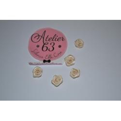 Fleur en satin Bouton de Rose Mini Embellissement, Ecru 1 cm (sachet de 5) Embellisements pour  Mariage - Couture & divers