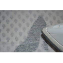 Vliesofix (thermocollant double face spécial tissu) blanc  (dimension : 50 cm x 45)