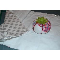 Tissu beige ton sur ton (25 x 110 cm)