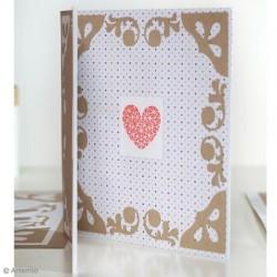 Tampon Bois carré impression écriture rond avec feston, fond coeur écriture :  Craquante
