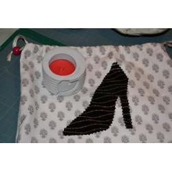 Appliqué motif Cupcakes avec Rose  fond pois, tissu coton (pièce motif à appliquer par piqure, non adhésif)