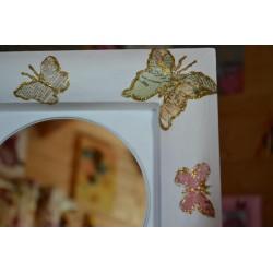 """Serviette en papier motifs """"Oiseau sorti de sa Cage""""   (vendue à l'unité)  33 x 33cm"""