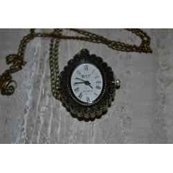 Chaîne montre pendentif collier camée coloris bronze, 38 mm