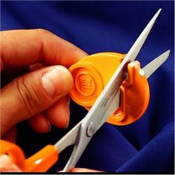 Outil aiguiseur  tout type de Ciseaux (aussi bien pour droitier que gaucher)