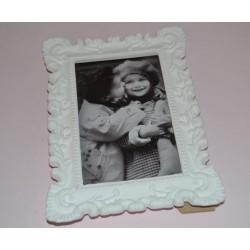 Cadre  Photo, Baroque, blanc, encadrement  plâtre blanc avec Pieds H 18 cm X L 14 cm