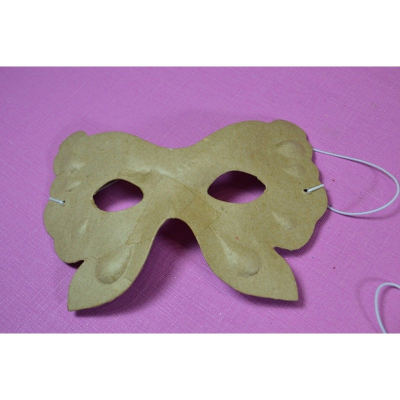 Masque Papillon en papier mâché dim. 15.5 x 11.5 cm, 1 pièce