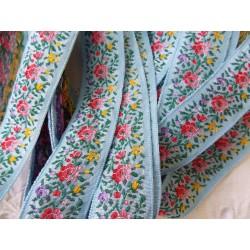 """Ruban Galon brodé Vintage """"Petites fleurs"""" fond bleu (1975-1980) vendu par 50 cm  Collection """"Dans mon Grenier, il y a.."""""""
