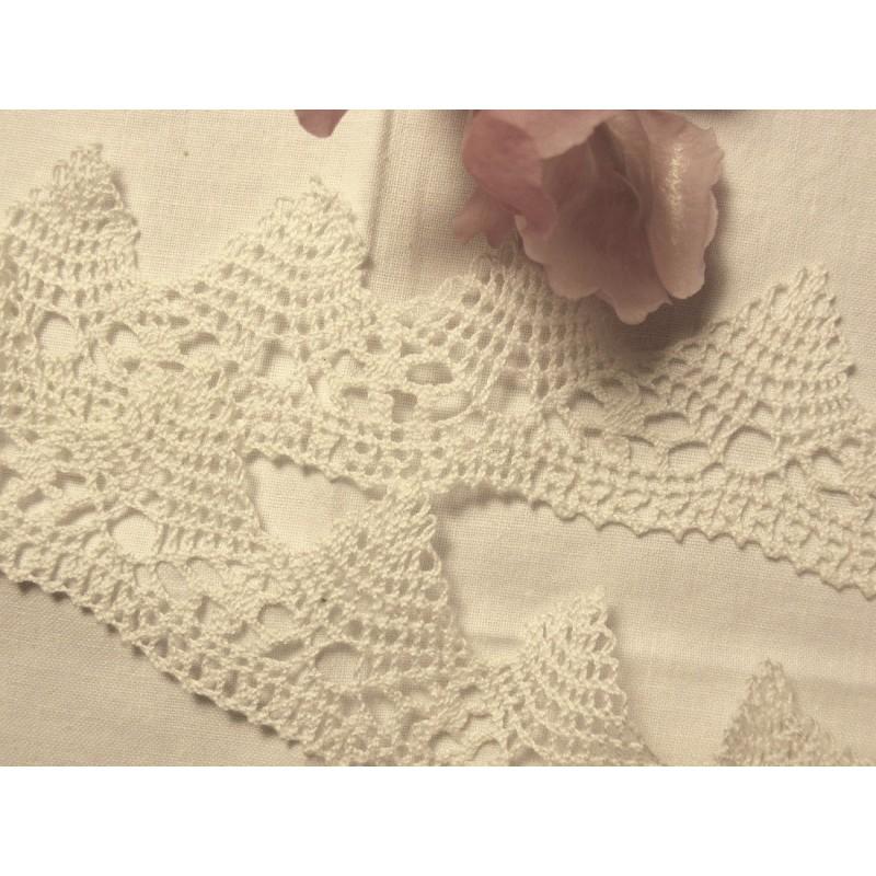 """Dentelle ancienne coton, Vintage, Blanche, réalisées aux fuseaux (5 cm x 1.19m) , Lot 500A63 Sélection """"Dans mon Grenier"""""""