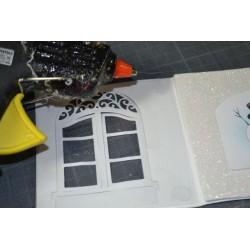 Feuille transparente plastique  épais 0.25 micron, A4 effet holographique (vendue à l'unité)