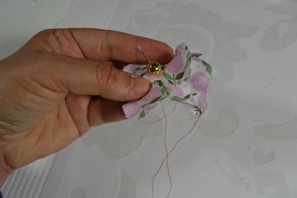 Atelier Couture Facile Realiser Une Fleur En Tissu Tutoriel