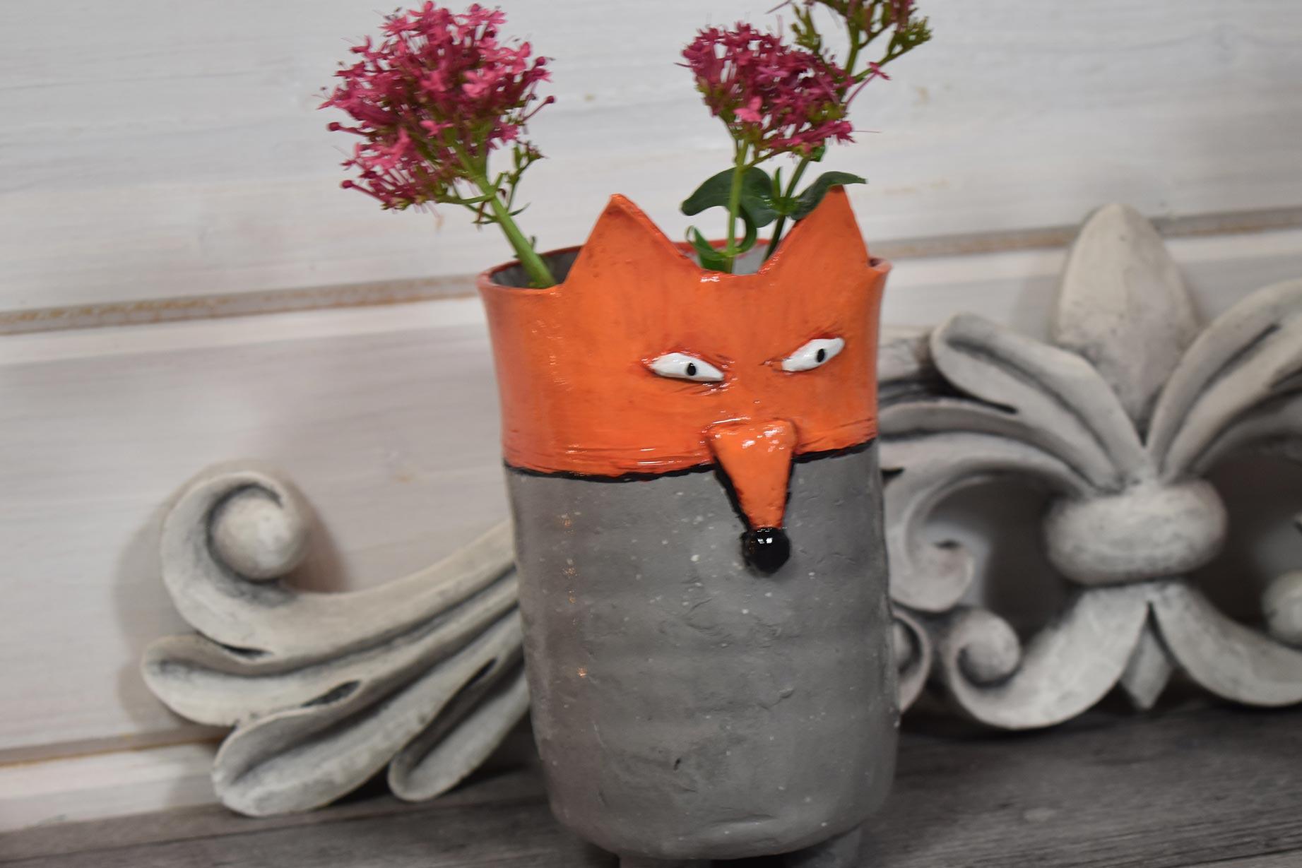 recyclage-plastique-modeler-sechage-air-vase-renard