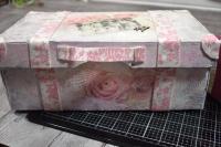 """Atelier Scrap Déco : Ma Valise en Carton """"vintage Chabby"""", tutoriel"""