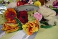 Comment réaliser des tulipes en laine feutrée, vidéo