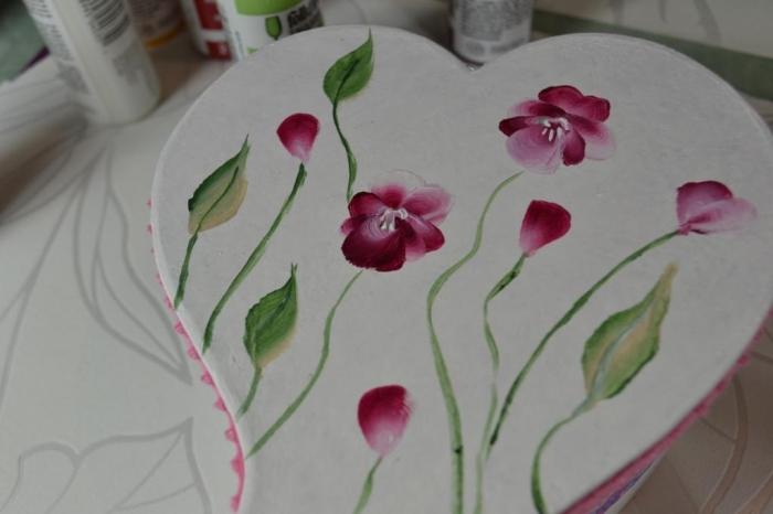 Atelier PEINTURE FACILE : Technique du One Stroke : Peindre une boîte à offrir, TUTORIEL